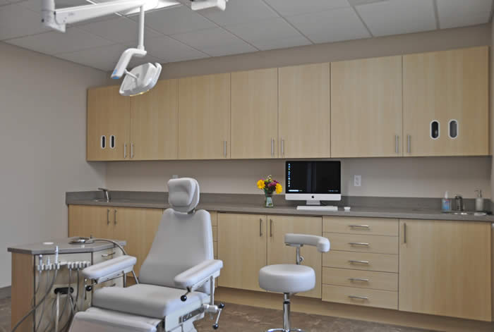 Surgical implant procedure room